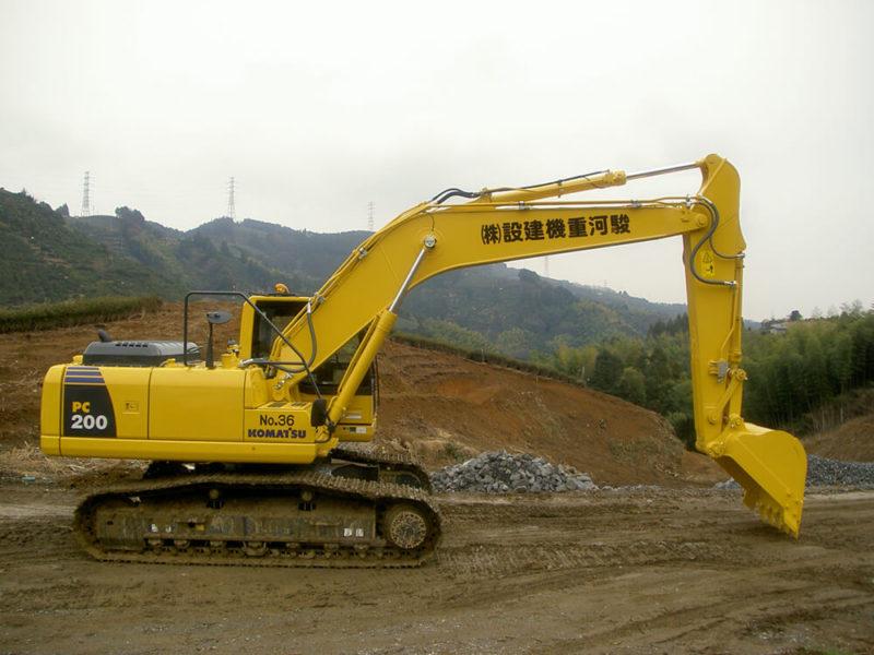 PC200-8N1